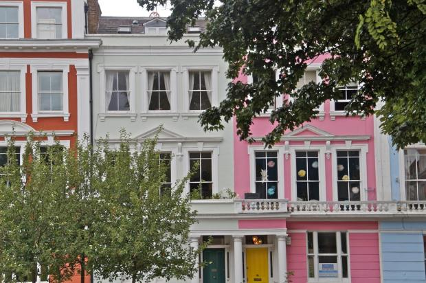 Travel Fashion Blog Notting Hill London (7)